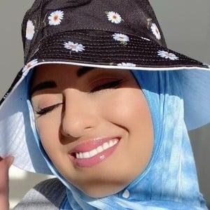 Sana Saleh 6 of 10