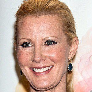 Sandra Lee 2 of 10
