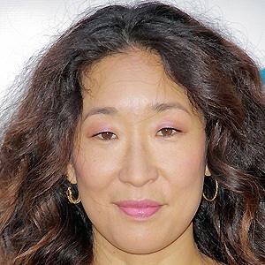 Sandra Oh 3 of 10