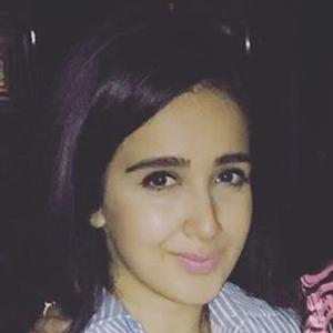 Sanjana Batra 3 of 6