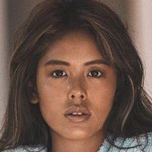 Sanna Gurung 9 of 10
