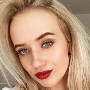 Sara Karoliina 4 of 6
