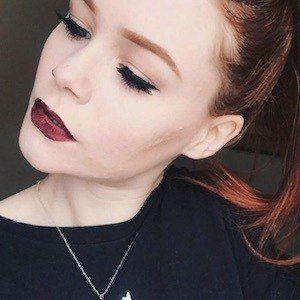 Sarah Hawkinson 5 of 10