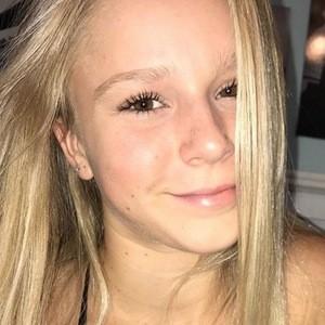 Sarah Kinert 5 of 6
