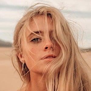 Sarah Rae Mayne 2 of 6