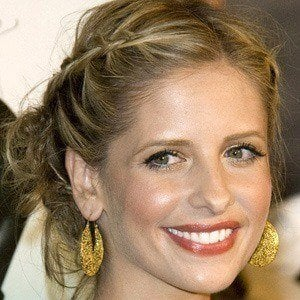 Sarah Michelle Gellar 3 of 10
