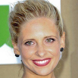 Sarah Michelle Gellar 4 of 10