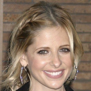 Sarah Michelle Gellar 8 of 10