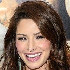 Sarah Shahi 5 of 10