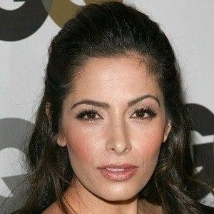 Sarah Shahi 6 of 10