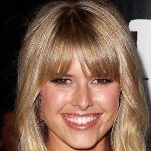 Sarah Wright 2 of 5