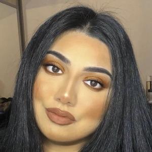Sasha Malik Headshot 7 of 10