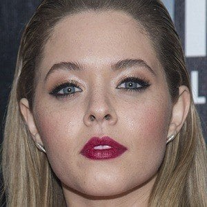 Sasha Pieterse 2 of 10