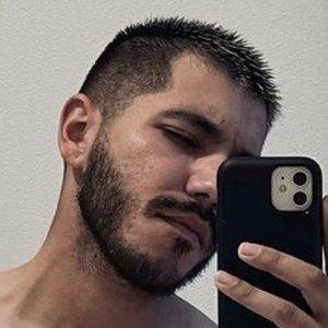 Saul Gomez Headshot 8 of 10
