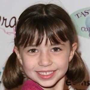 Savannah Paige Rae 3 of 4