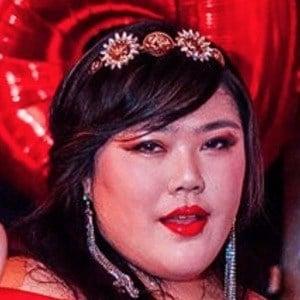 Scarlett Hao 2 of 6