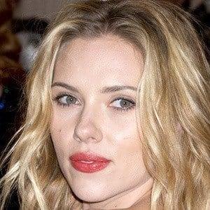 Scarlett Johansson 5 of 10