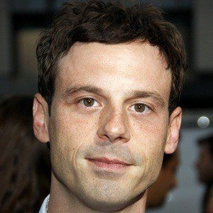 Scoot McNairy 4 of 5