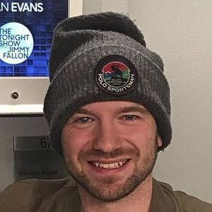Sean Evans Headshot 8 of 10