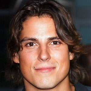 Sean Faris 2 of 10