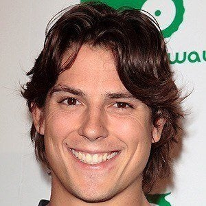 Sean Faris 3 of 10