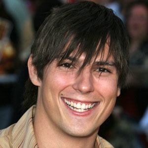 Sean Faris 6 of 10