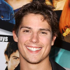 Sean Faris 9 of 10