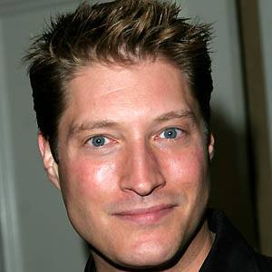 Sean Kanan 4 of 5