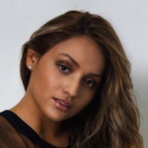 Serena Rodriguez 5 of 10