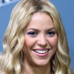Shakira - Bio, Facts, Family | Famous Birthdays Shakira Song