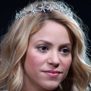 """shakira bio Shakira wound up general understood by sung fifa world compartment 2010 theme song """"waka (this time for africa)"""", which tune is most noteworthy offering in the domain ever."""