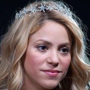Shakira 9 of 9