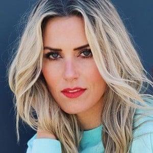 Shannon Stewart 2 of 6