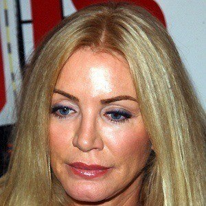 Shannon Tweed 3 of 5