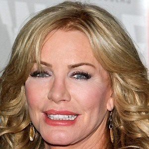Shannon Tweed 4 of 5