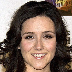 Shannon Woodward 2 of 10