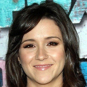 Shannon Woodward 4 of 10