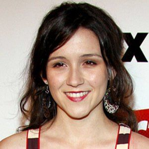 Shannon Woodward 8 of 10