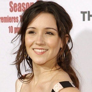Shannon Woodward 9 of 10