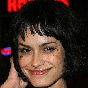 Shannyn Sossamon 4 of 5