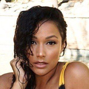 Shantel Jackson 3 of 6