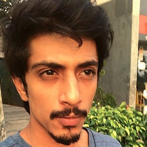 Shariq Hassan 5 of 6