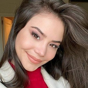 Sharon Hidalgo 2 of 5