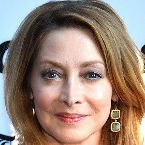 Sharon Lawrence 4 of 10