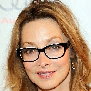 Sharon Lawrence 5 of 10