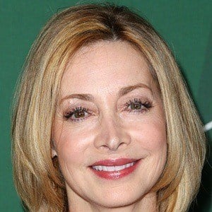 Sharon Lawrence 6 of 10