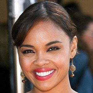 Sharon Leal 2 of 5