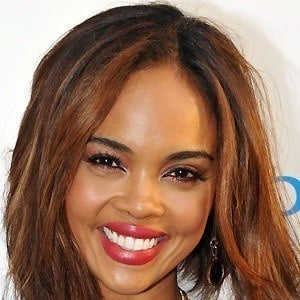 Sharon Leal 4 of 5