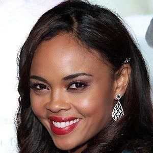 Sharon Leal 5 of 5