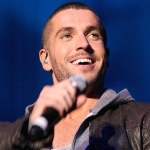 Shayne Ward 6 of 10